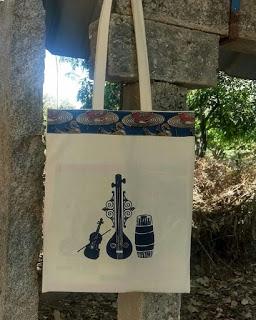 Tanpura with Violin